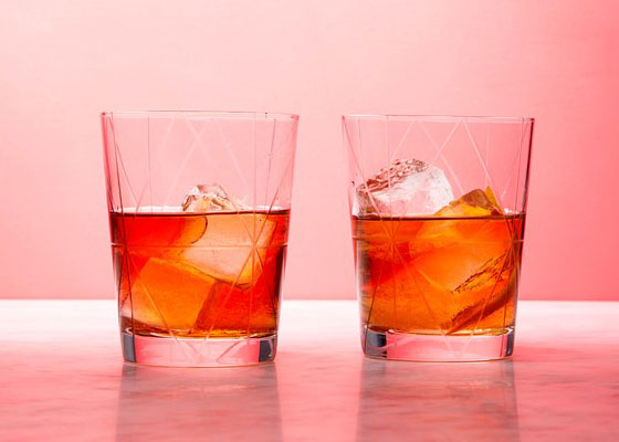 glasses of maple old fashioned